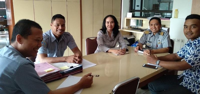 Studi Banding ke Stimart AMNI Semarang